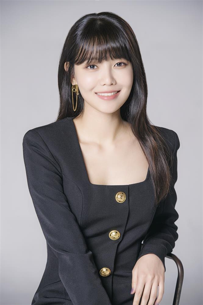 Phim Hàn 2/8: Lộ tình mới của Tiểu Kim Taeyeon và Sooyoung SNSD-3