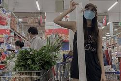 Minh Hằng gây choáng khi khoe hóa đơn đi siêu thị dài 1m7