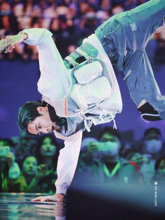 Vương Nhất Bác trong Street Dance of China 4 có gì mới?-7