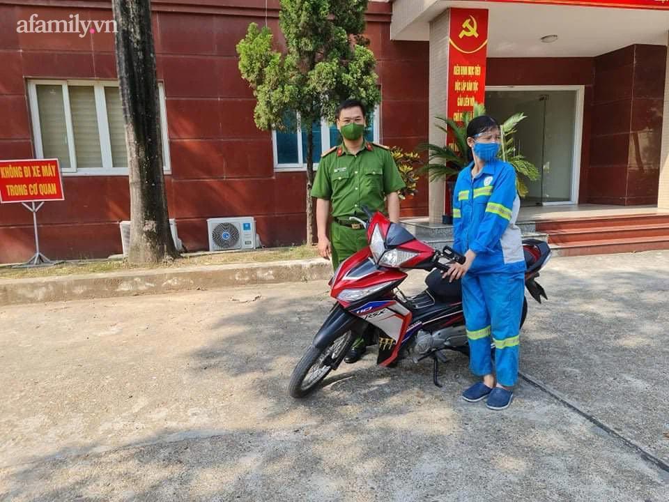Nữ công nhân môi trường bị cướp xe máy được tặng xe mới-2