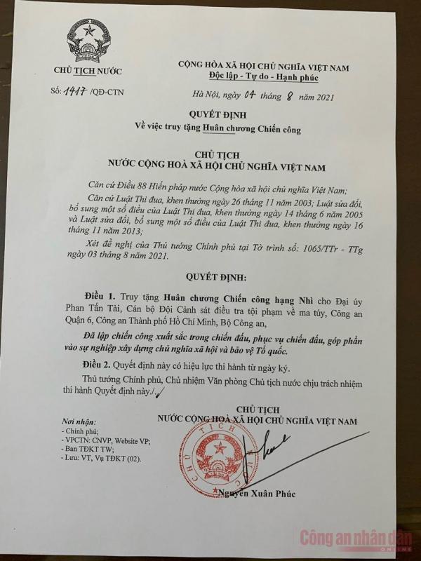 Chủ Tịch nước truy tặng Huân chương Chiến công hạng Nhì cho Đại úy Phan Tấn Tài-1