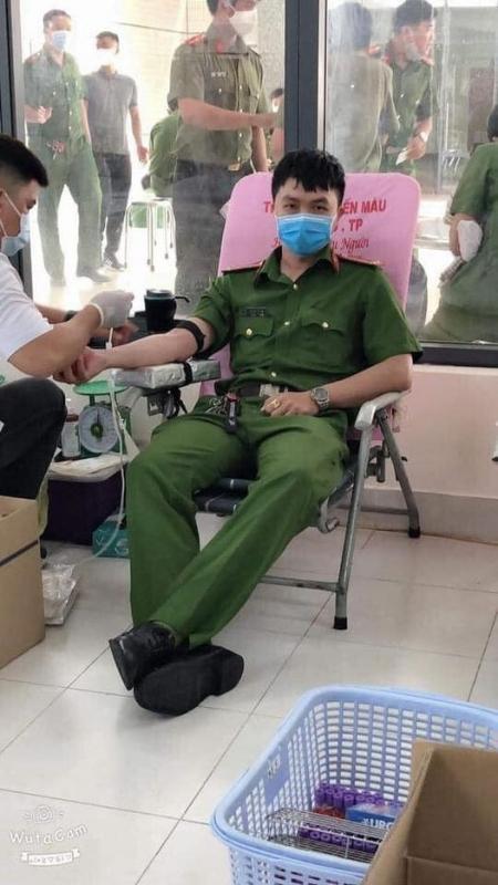 Chủ Tịch nước truy tặng Huân chương Chiến công hạng Nhì cho Đại úy Phan Tấn Tài-3