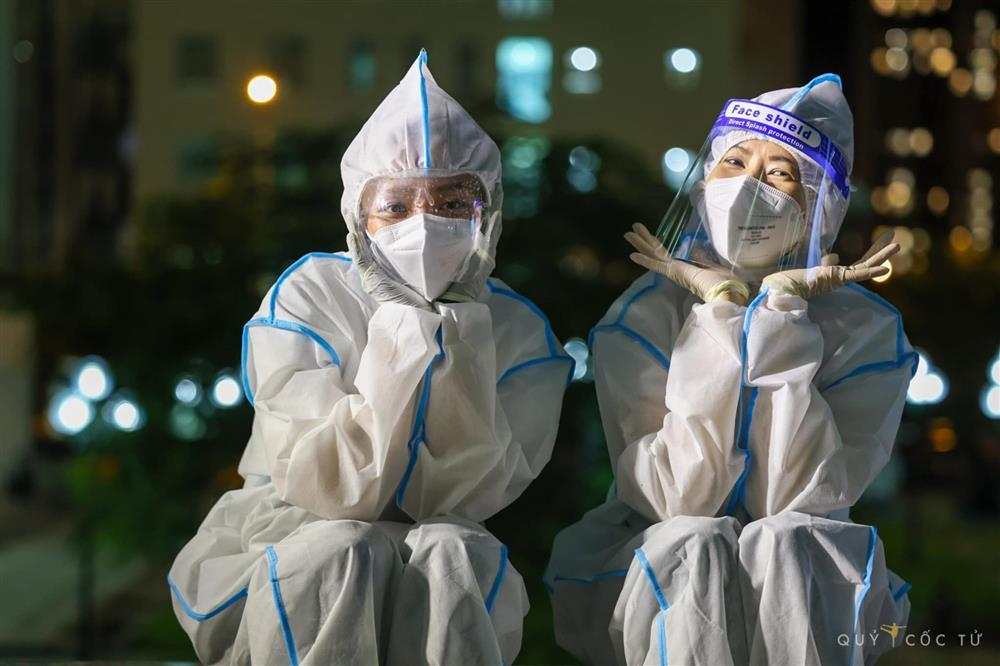 Tóc Tiên gặp cơn ác mộng tại bệnh viện dã chiến-5