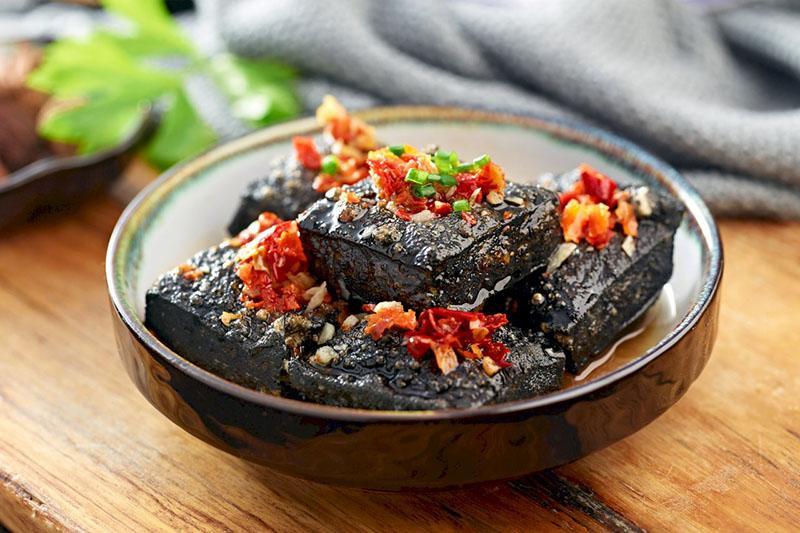 Top 5 món ăn bốc mùi nhất thế giới, bạn có dám thử?-7