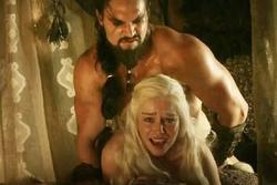 Sao nam 'Game Of Thrones' đáp trả câu hỏi vô duyên về cảnh nóng