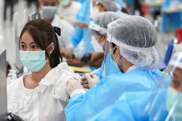 Bộ Y tế bổ sung thêm 256 ca tử vong do COVID-19 tại 13 tỉnh, thành phố-1
