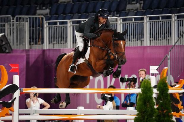 Hôn phu của ái nữ nhà Bill Gates cực ngầu khi so tài ở Olympic-2