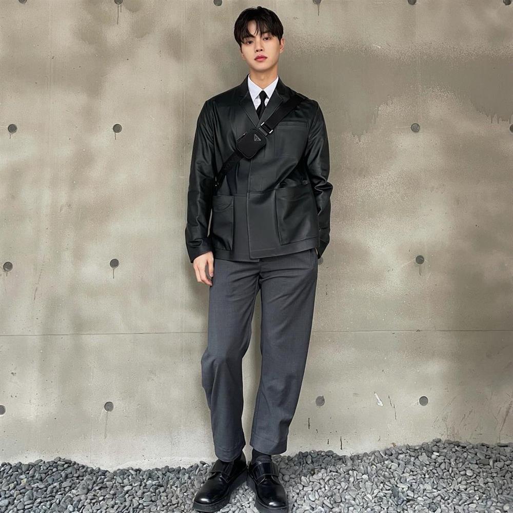 Song Kang Nevertheless vào vai trai hư nhưng lên đồ chuẩn thư sinh-7