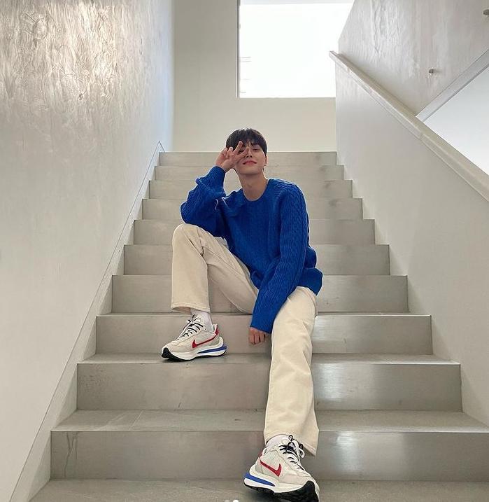 Song Kang Nevertheless vào vai trai hư nhưng lên đồ chuẩn thư sinh-9