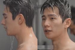 Dương Dương lộ da thịt ở cảnh tắm tập thể làm fan 'thích muốn chết'