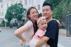 Ai 'follow mình em kệ', vợ chồng JustaTee chẳng đoái hoài nhau trên Instagram