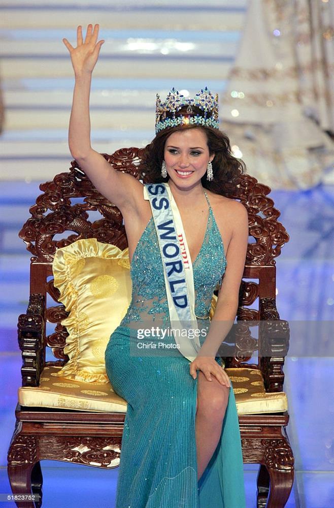 Hóa ra Nguyễn Thị Huyền lọt top 15 Miss World không nhờ giám khảo-2