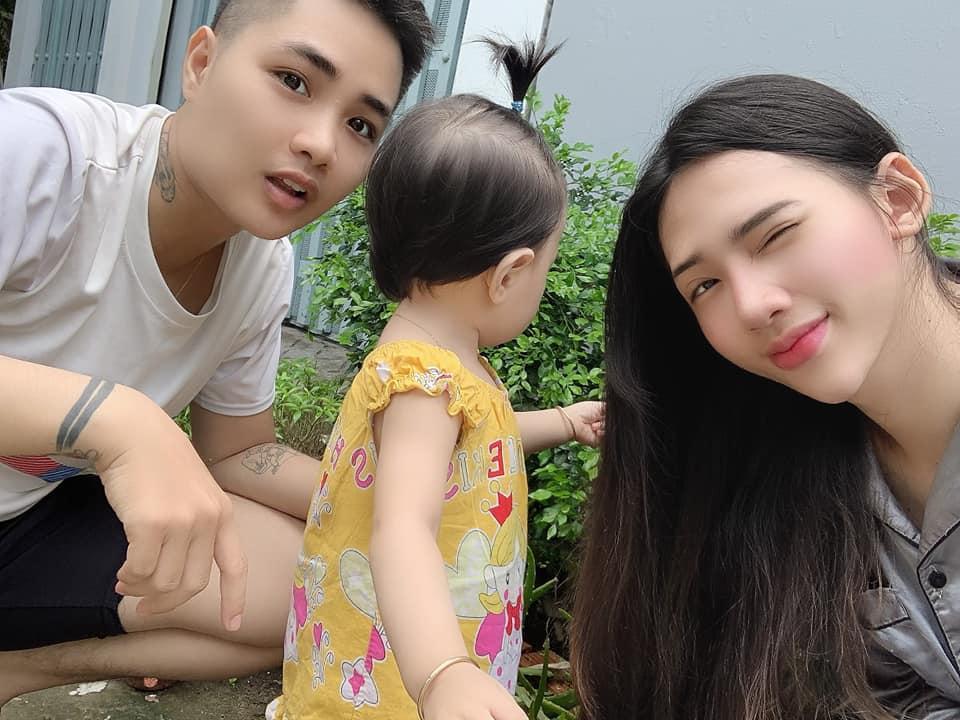 Người đàn ông Việt Nam đầu tiên sinh con tái hợp vợ cũ-2