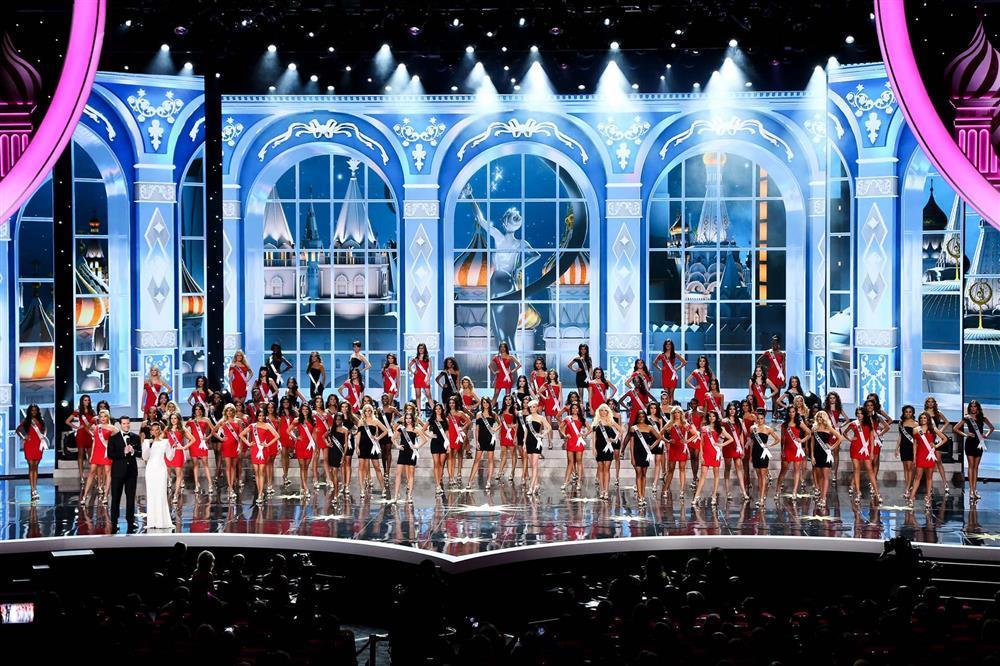 Sân khấu Miss Universe các năm: HHen Niê quá may khi thi 2018-4