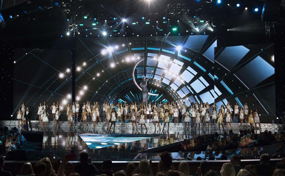 Sân khấu Miss Universe các năm: HHen Niê quá may khi thi 2018-6