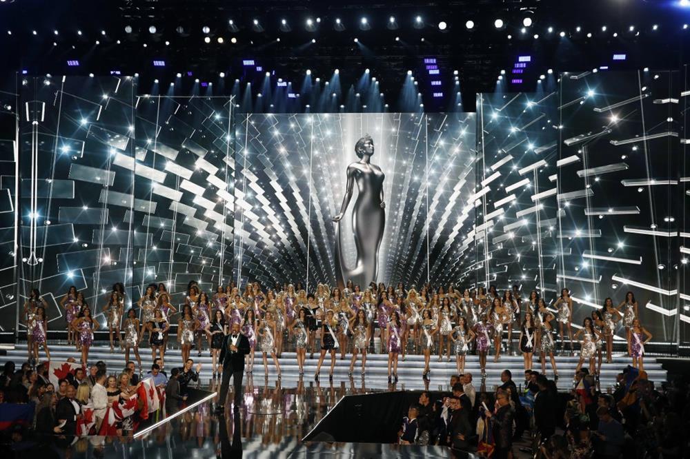 Sân khấu Miss Universe các năm: HHen Niê quá may khi thi 2018-8