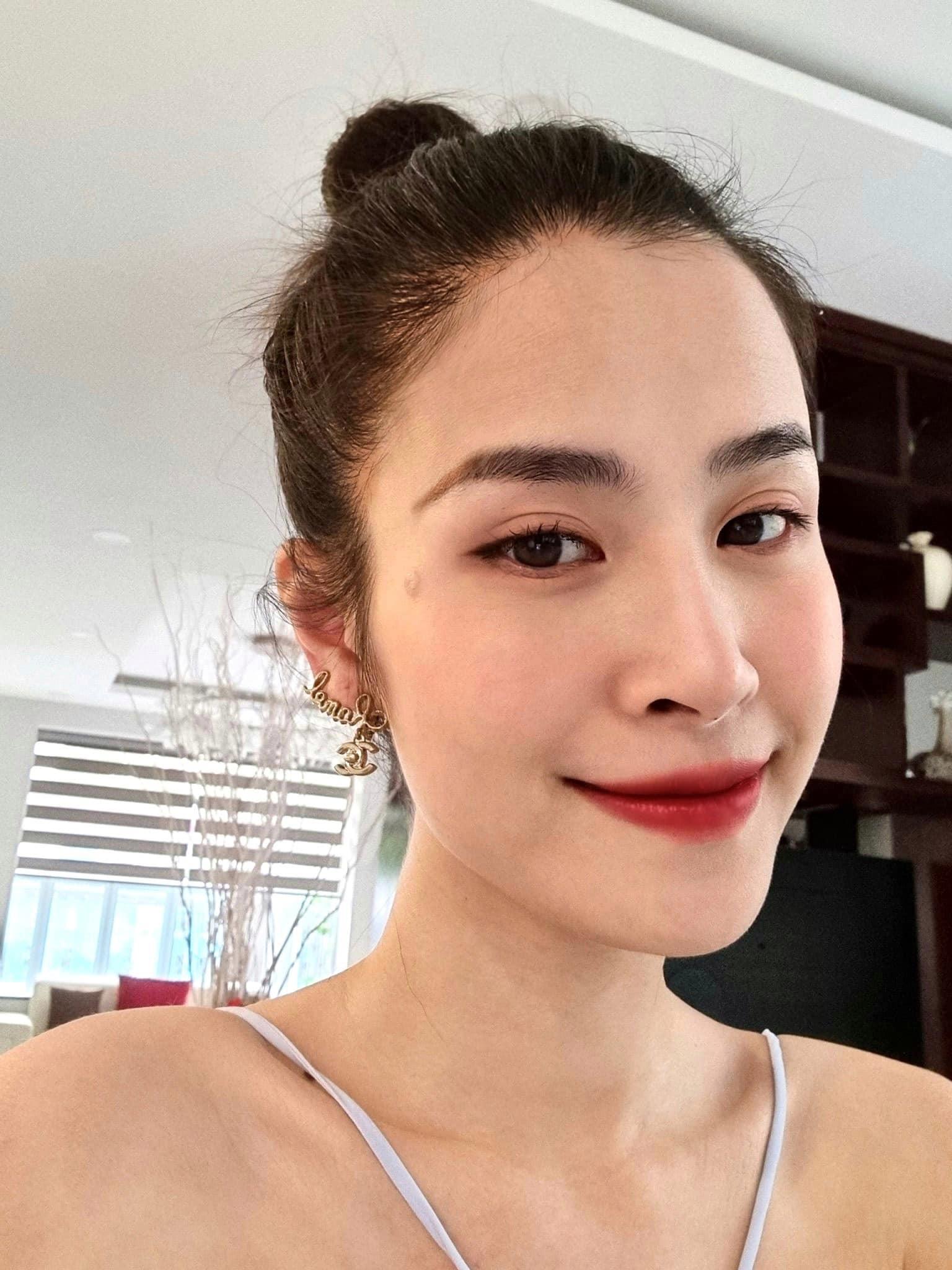 Tin sao Việt: Thành Trung từng không được ủng hộ đến với bà xã
