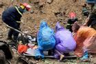 Lở đất vùi lấp nhóm công nhân đang ngủ ở Quảng Ninh, 3 người tử vong