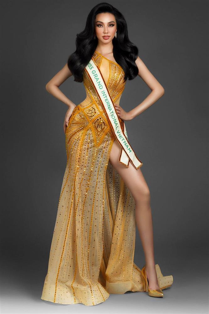 Thùy Tiên thi Miss Grand 2021, chị gái Đặng Thu Thảo hứa làm nhục?-1