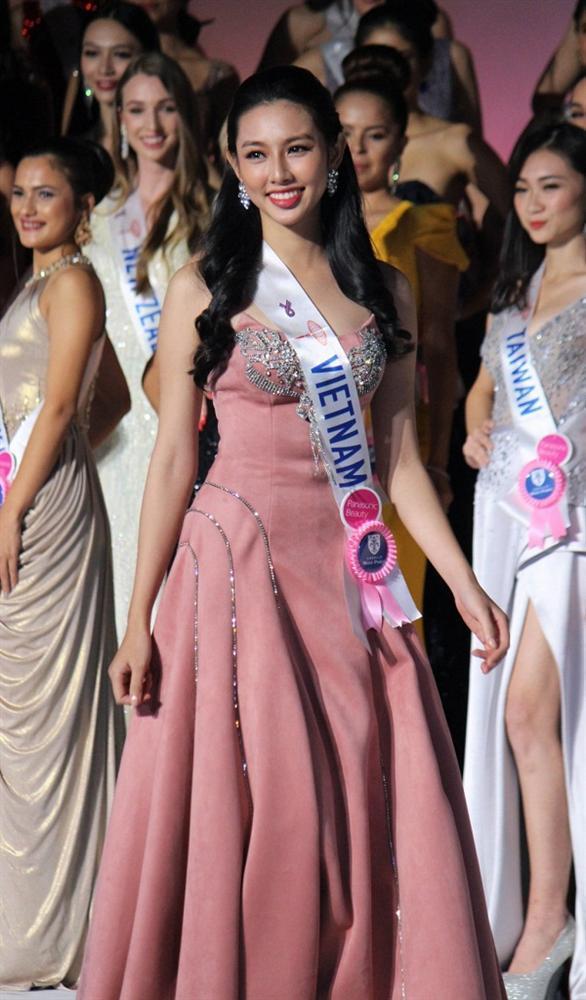 Thùy Tiên thi Miss Grand 2021, chị gái Đặng Thu Thảo hứa làm nhục?-14