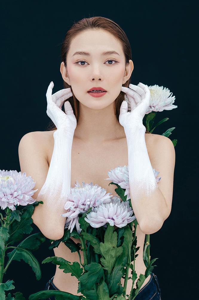 Lấy hoa che điểm ứ ừ: Diễm My 9X được khen - Ngọc Trinh phản cảm-10