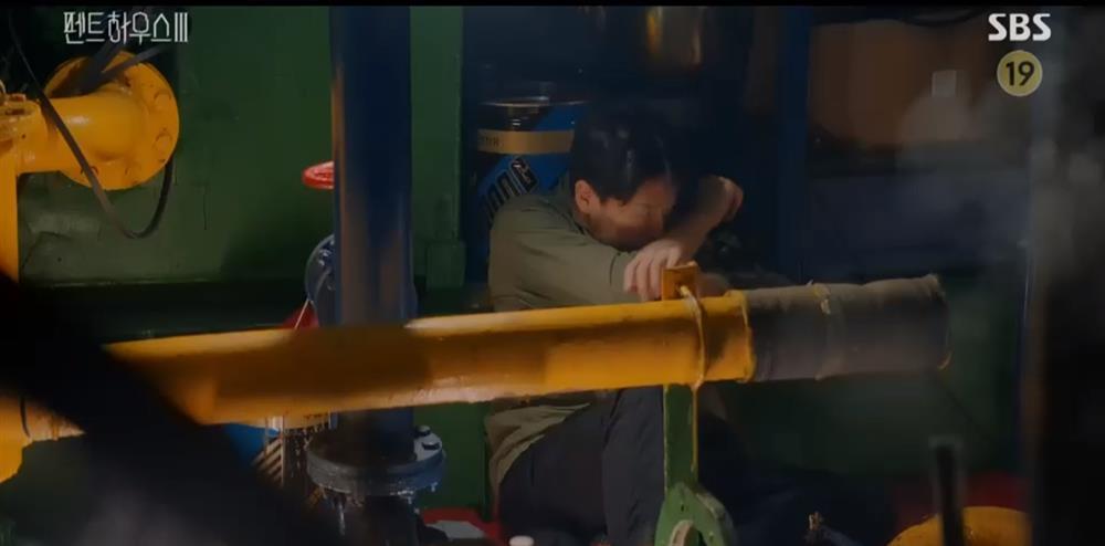 Penthouse 3 tập 10: Dượng Tê đi trại, Eun Byul giúp mẹ mất trí-11