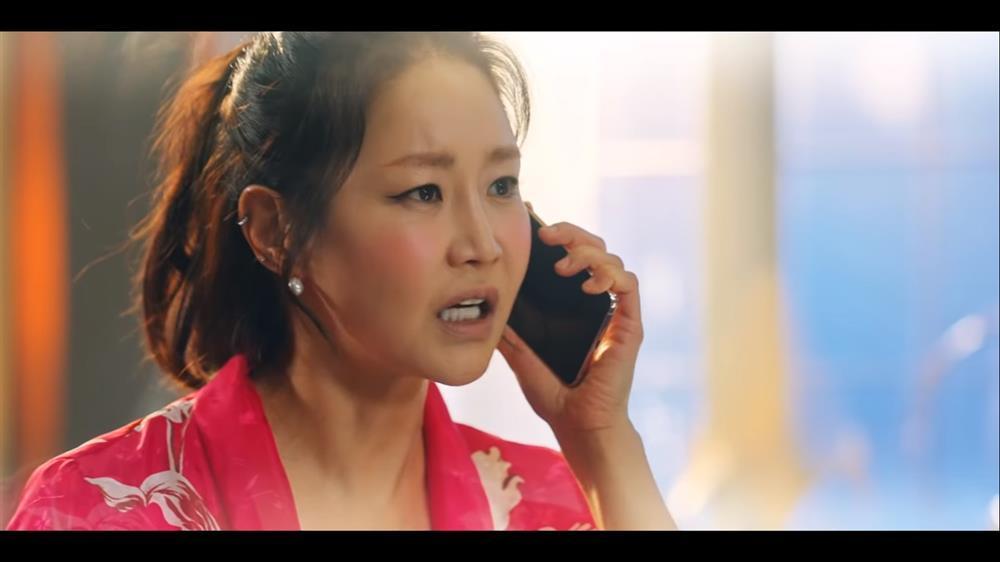 Penthouse 3 tập 11: Ác nữ Seo Jin hóa điên khi vừa con gái lẫn kẻ thù hãm hại-15
