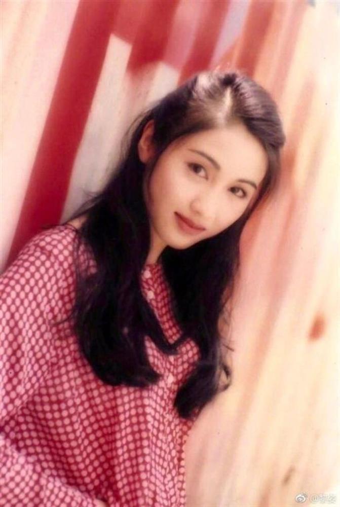 Giáng My thắng hay thua khi đọ sắc đệ nhất mỹ nhân TVB?-12