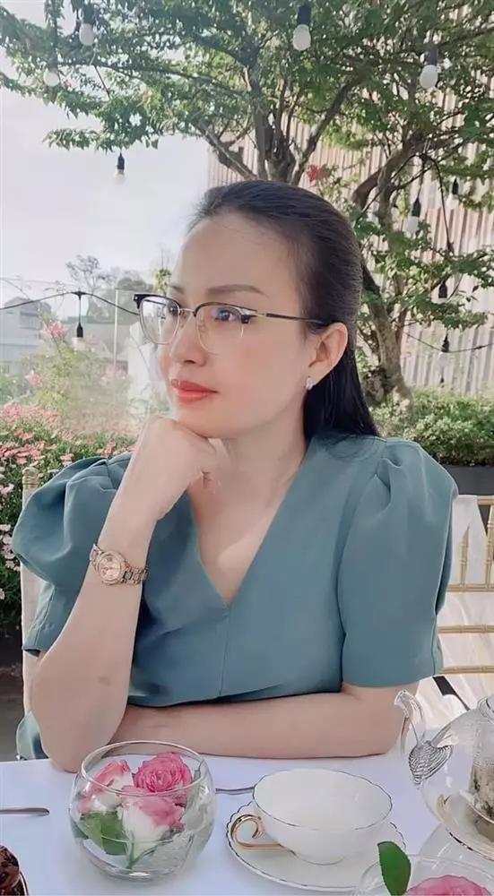 Sao Việt bị la ó vì phòng chống Covid-19 theo cách lạ đời-6