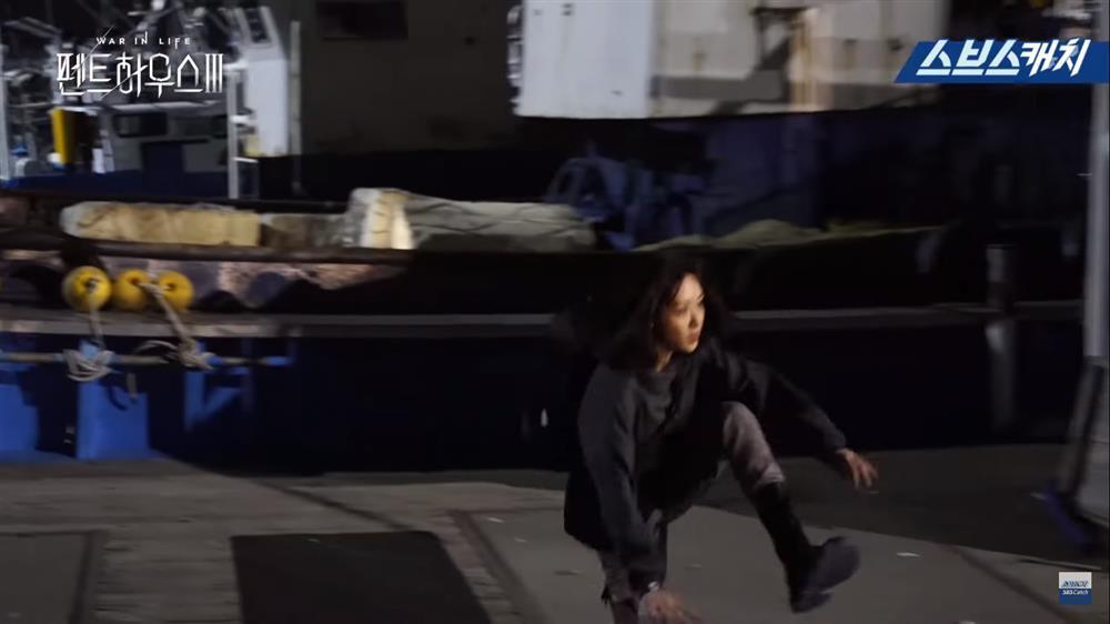 Penthouse 3: Dì Trinh diễn điên loạn khiến đạo diễn quên hô cắt-16