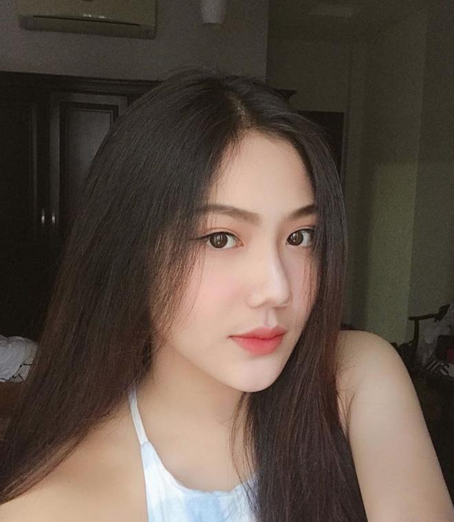 Nữ sinh Sài Gòn từng nổi như cồn vì mẹ đặt tên Triệu Vy giờ ra sao?-1