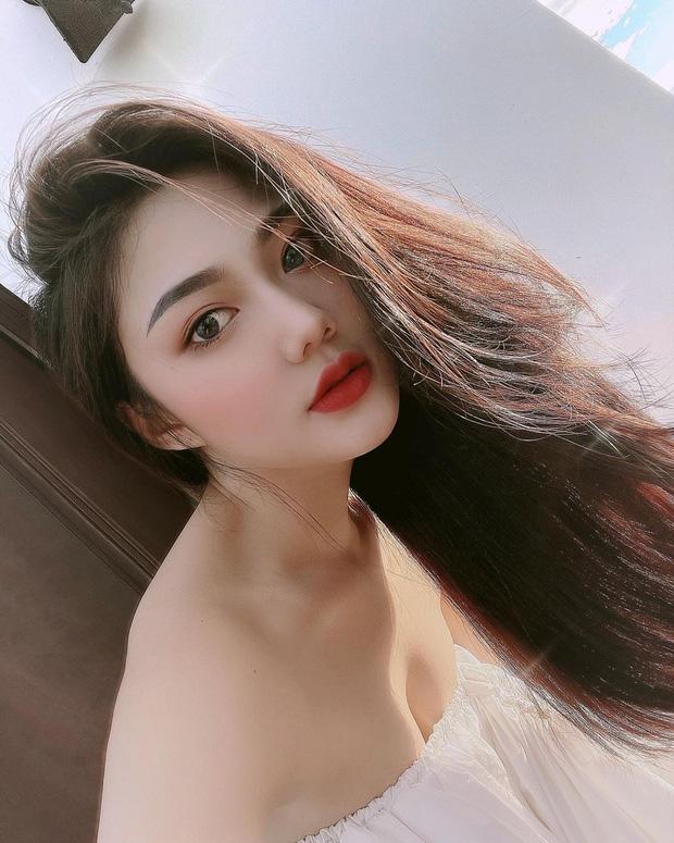 Nữ sinh Sài Gòn từng nổi như cồn vì mẹ đặt tên Triệu Vy giờ ra sao?-3