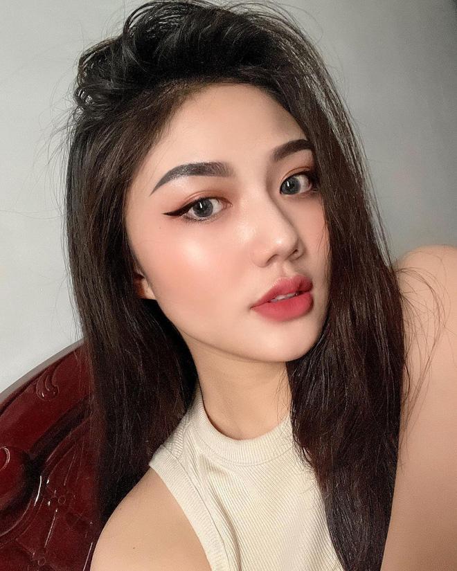 Nữ sinh Sài Gòn từng nổi như cồn vì mẹ đặt tên Triệu Vy giờ ra sao?-5