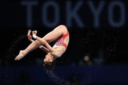 Cô bé 14 tuổi quyết tâm vô địch Olympic, lý do ai cũng xúc động