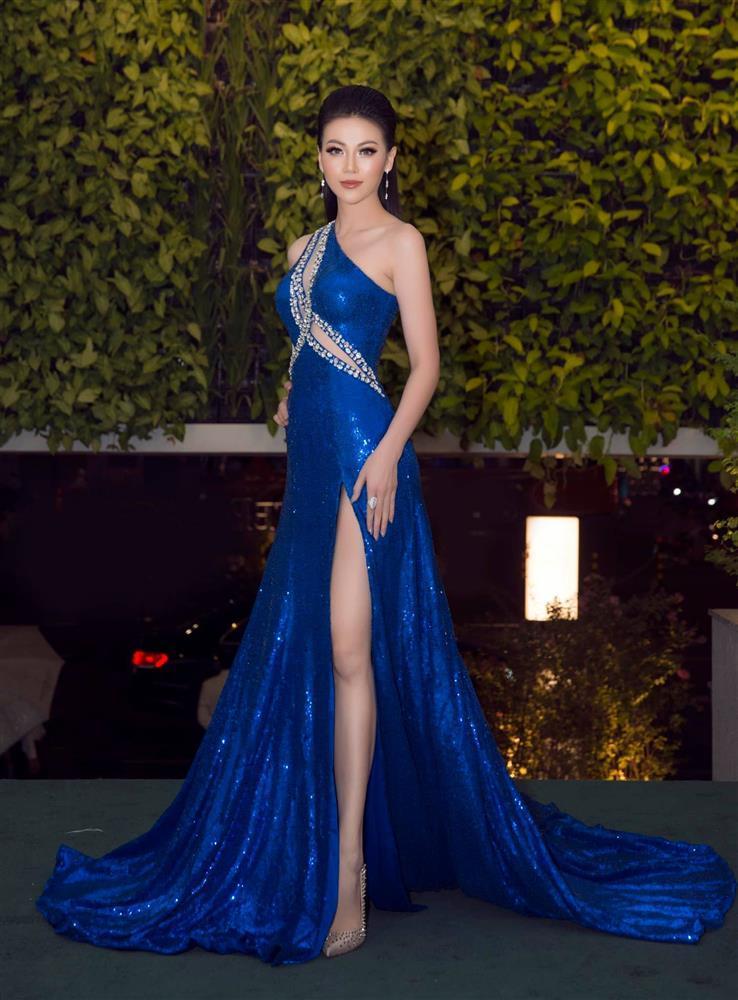 Hoa hậu - Á hậu Việt là nạn nhân trong nghi án đạo nhái trang phục?-13