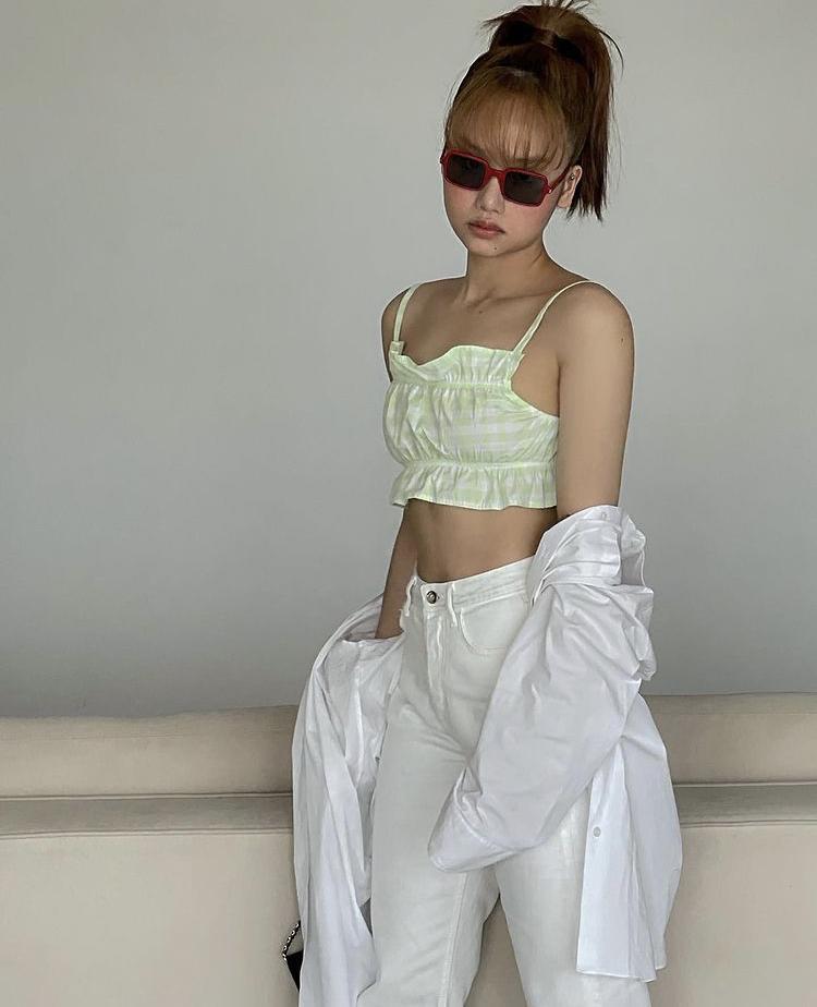 Vũ khí thời trang giúp Miu Lê trở nên cool ngầu hết chỗ chê-3