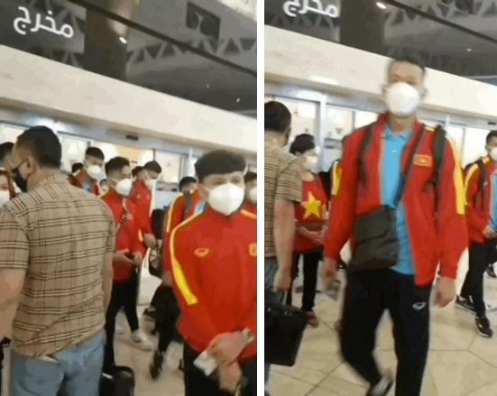 Team qua đường bắt trọn khoảnh khắc ĐT Việt Nam về nước-2