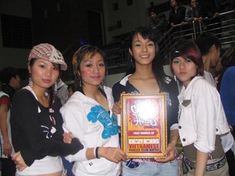 Giật mình ảnh Diệp Lâm Anh thời còn nhảy hiphop nhóm Big Toe