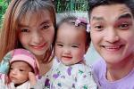 Con gái nặng 1,9kg của Mạc Văn Khoa giờ 'trộm vía' đáng yêu