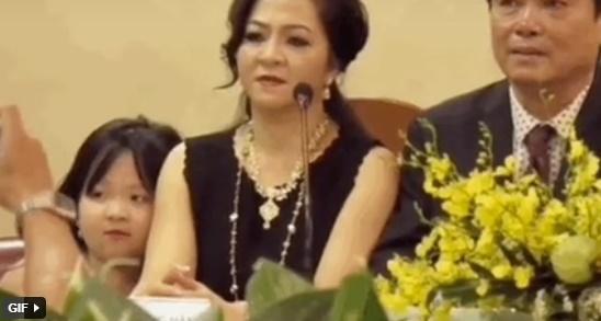 Clip hiếm về ái nữ duy nhất của bà chủ KDL Đại Nam 6.000 tỷ đồng-4