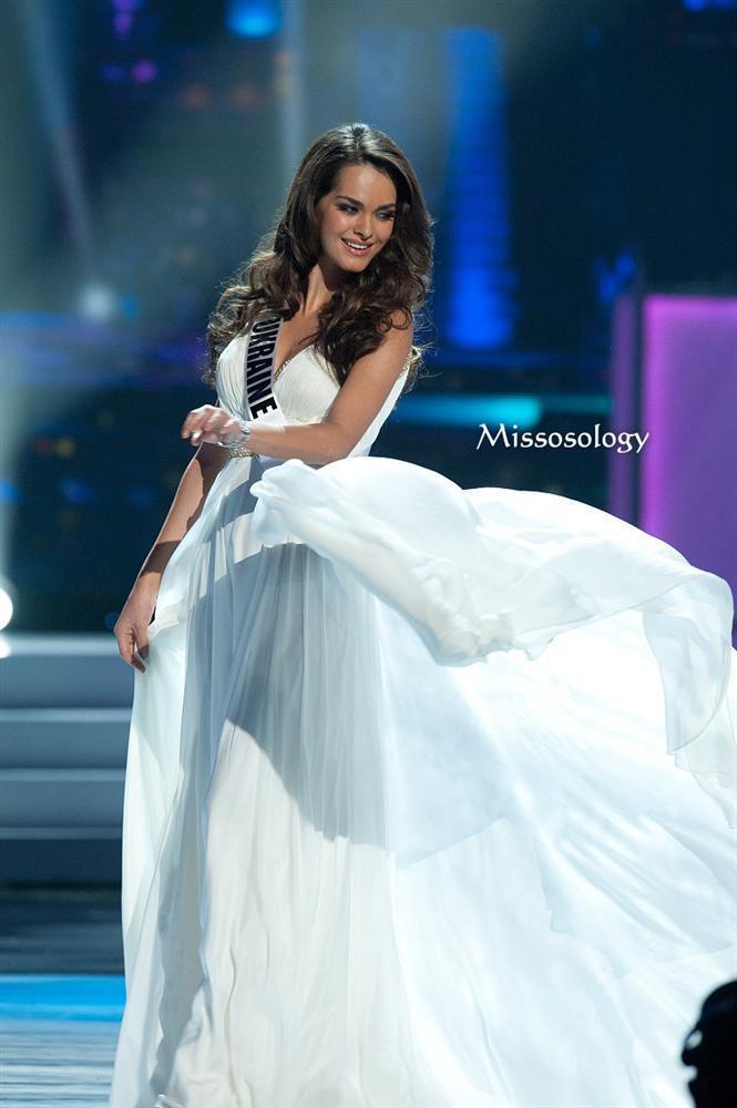 Hoa hậu đẹp nhất thế giới qua 11 năm: Tự hào HHen Niê-11