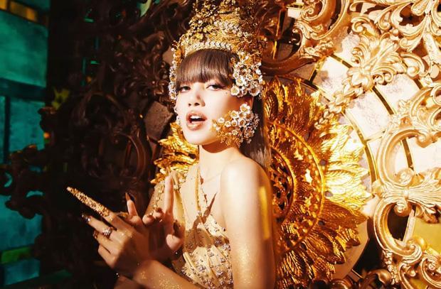 LALISA - nỗ lực làm hình mẫu một idol toàn năng bất thành của Lisa-4