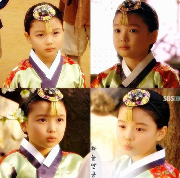 2 báu vật điện ảnh Hàn Kim Yoo Jung - Kim So Hyun: kẻ tám lạng người nửa cân-8