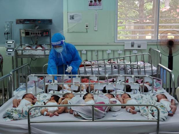 BV Hùng Vương bác tin trăm bé sơ sinh có bố mẹ F0 bị thiếu tã sữa-1