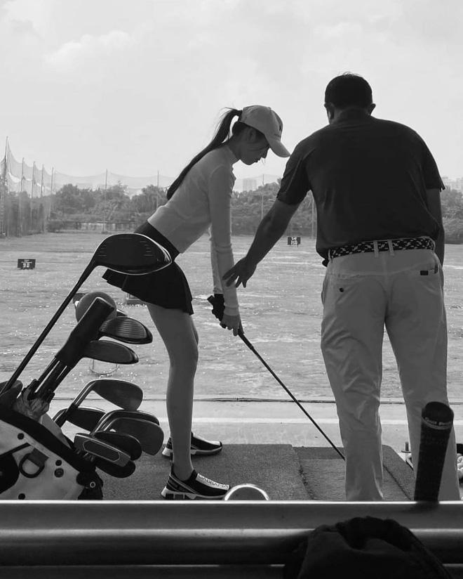 MC Thanh Thanh Huyền khoe chơi golf, netizen cà khịa từng câu chữ-4