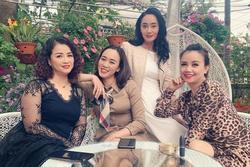 Nhóm bạn, nhóm bè của bà Xuân và Nam ở 'Hương Vị Tình Thân'