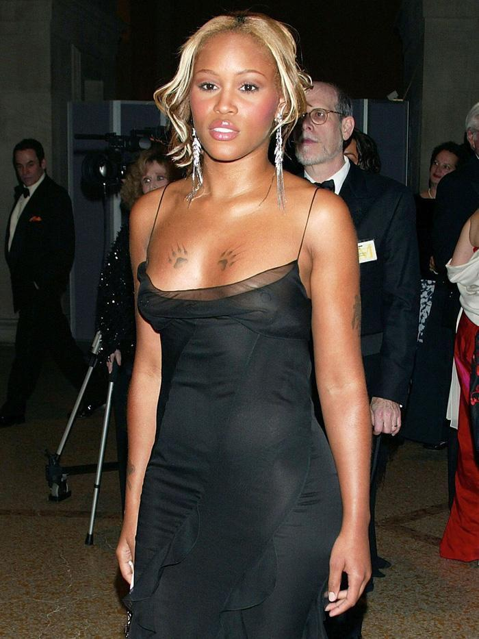 Vogue chọn ra 25 mỹ nhân đẹp nhất mọi thời đại tại thảm đỏ Met Gala-11