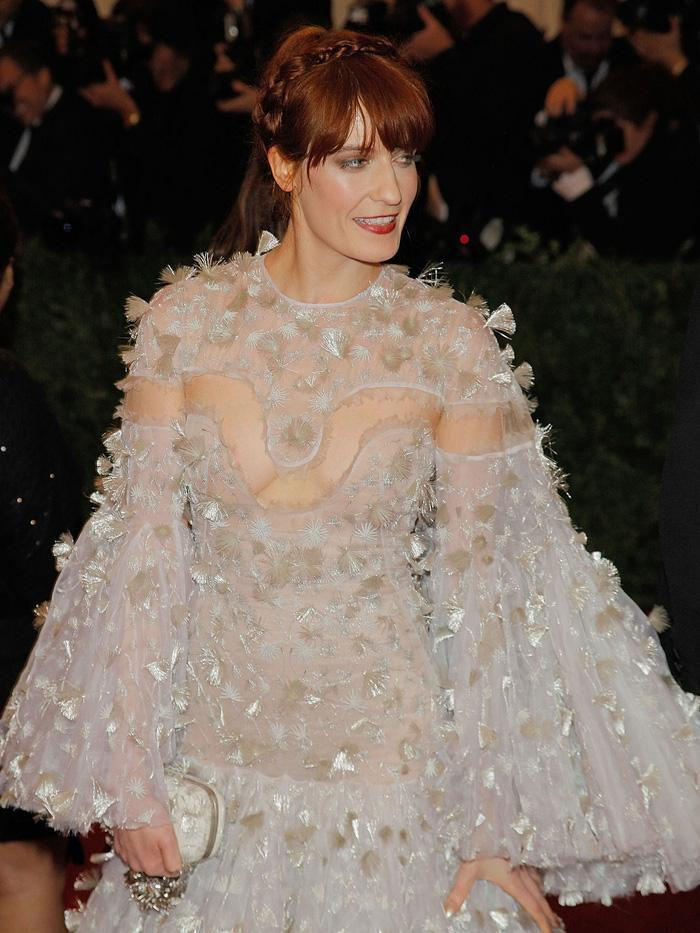 Vogue chọn ra 25 mỹ nhân đẹp nhất mọi thời đại tại thảm đỏ Met Gala-13