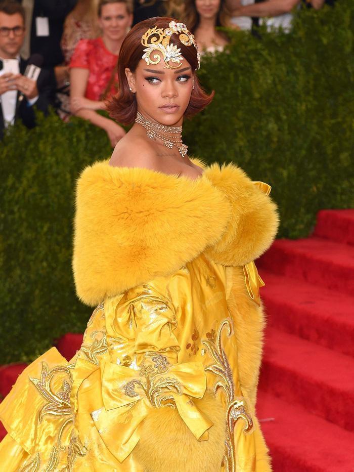 Vogue chọn ra 25 mỹ nhân đẹp nhất mọi thời đại tại thảm đỏ Met Gala-16