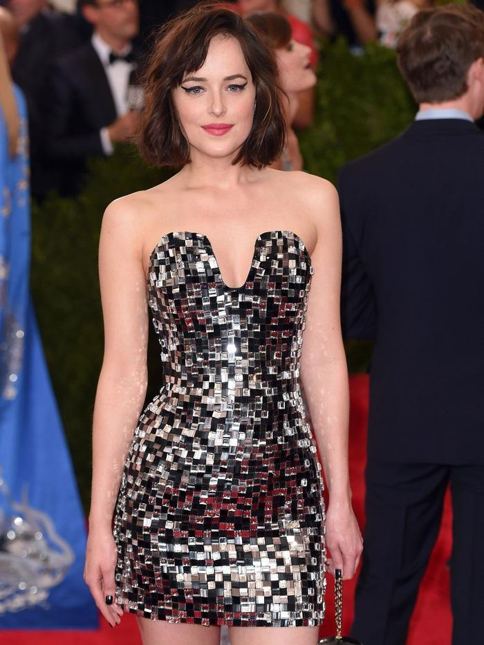 Vogue chọn ra 25 mỹ nhân đẹp nhất mọi thời đại tại thảm đỏ Met Gala-19